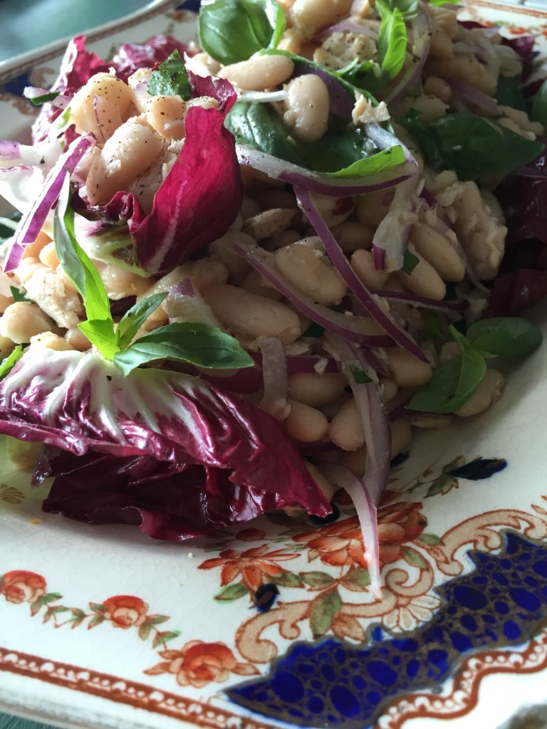Deliciously easy cannellini bean salad